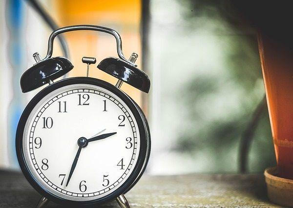 La Inversión de Tiempo es Más Rentable que el Dinero